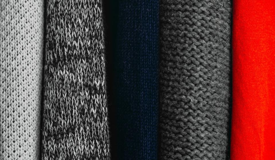 ผ้ายืด หรือ ผ้าถัก (knitted fabrics)