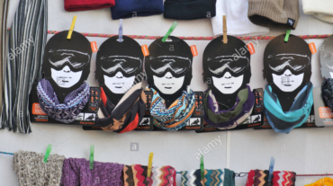 buffs-scarfs-for-sale-barcelona-catalonia-spain-GBYFXW